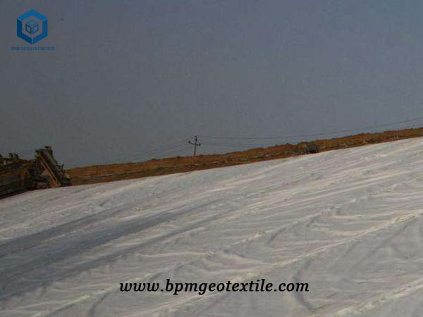 Nonwoven Fabric for landfill Reinforcement
